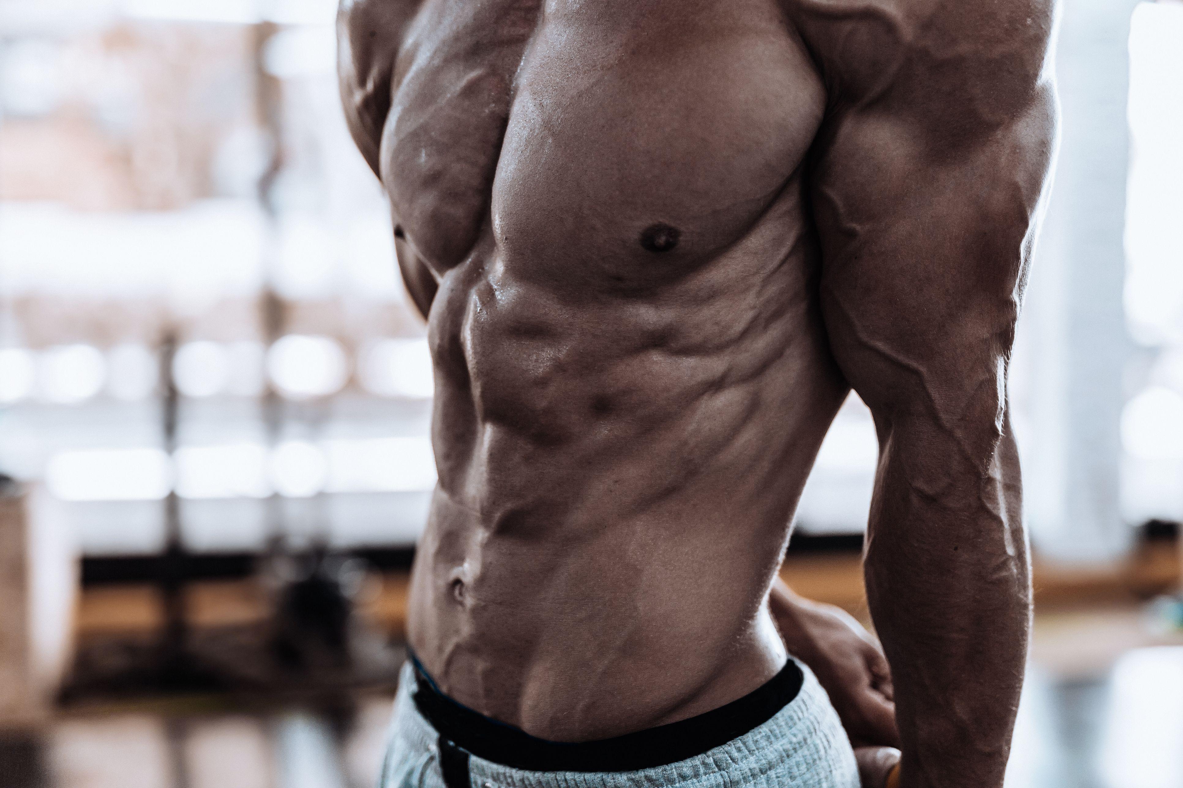 The 25 Best Exercises to Sculpt Your Obliques