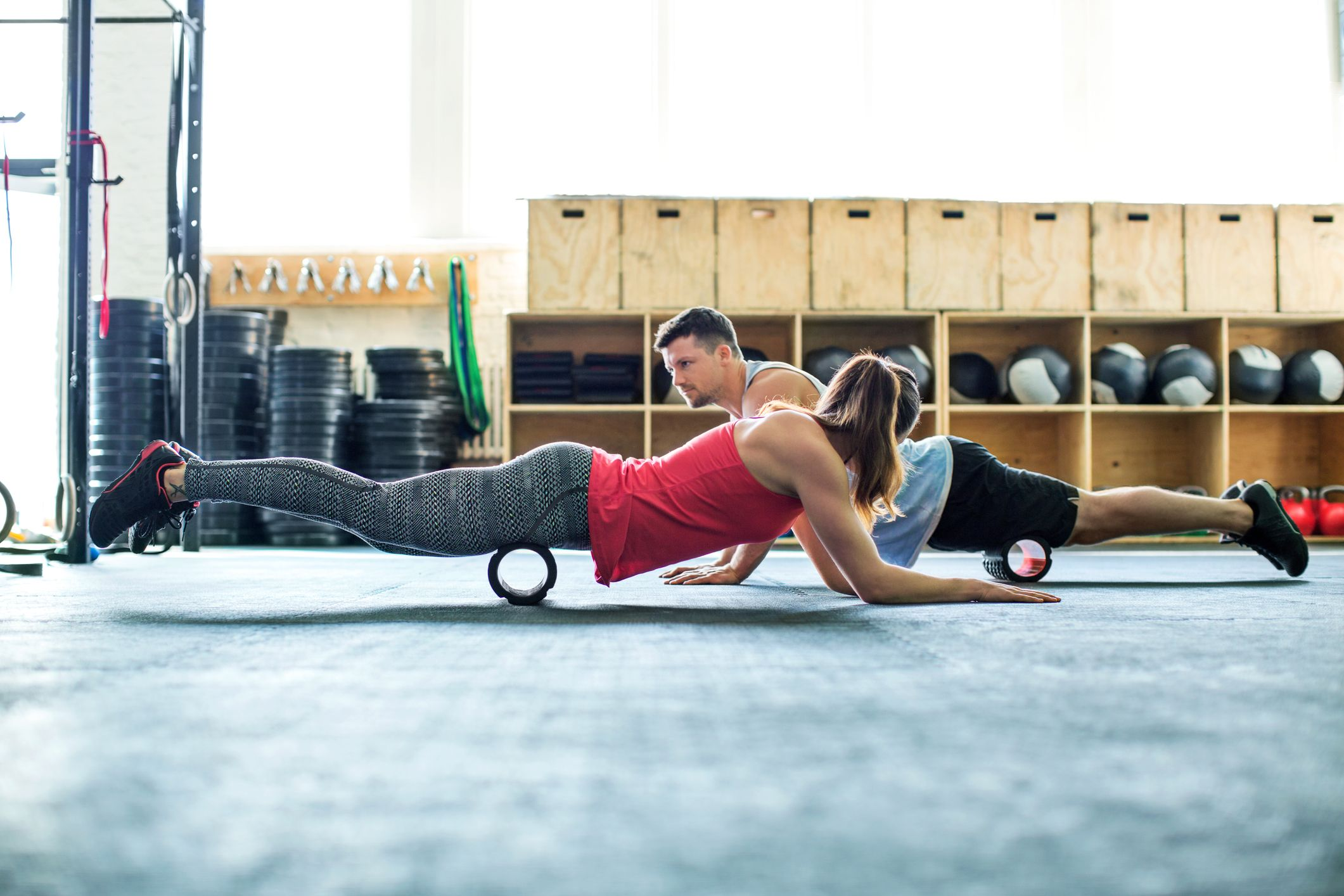 How to use a foam roller to warm up and cool down