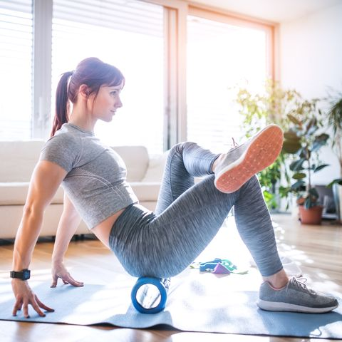5 Foam Roller Exercises To Relieve Pain And Ease Tension