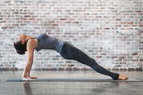 e3b3c0cc3ea 7 Pilates Exercises That Build a Stronger Core