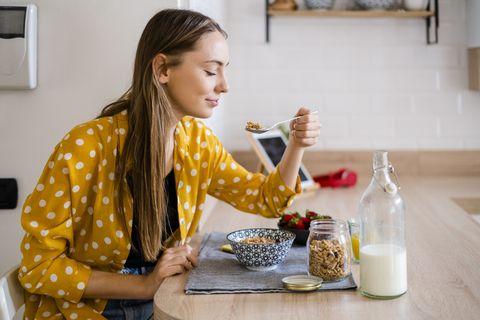 800大卡斷食怎麼吃?搭配限時進食法比52斷食更加快速減脂且不易復胖