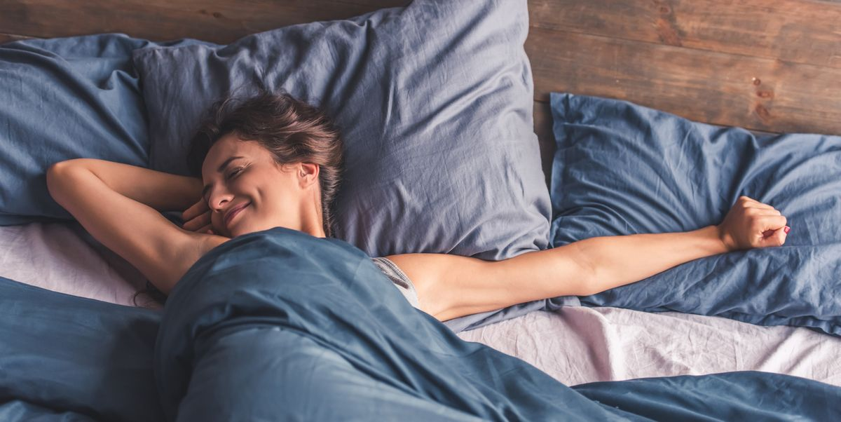 These Bed Sheets Will Keep You Cool and Sweat-Free All Night, According to a Sleep Doctor