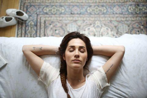 日本爆紅心理測驗!從「睡眠姿勢」神準測出你的隱藏人格、愛情觀
