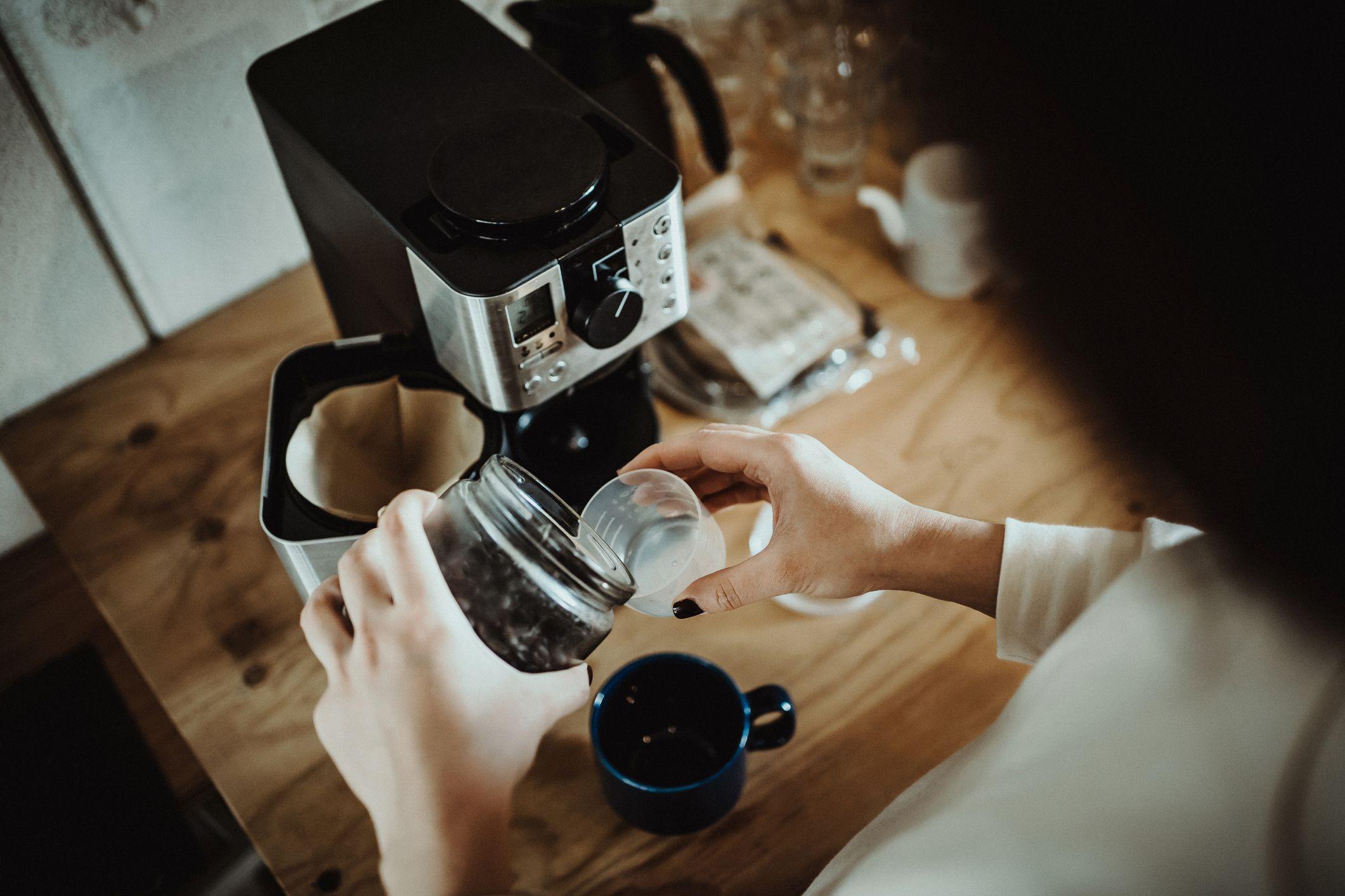 9 Mega Black Friday Coffee Machine Deals Starting at £41