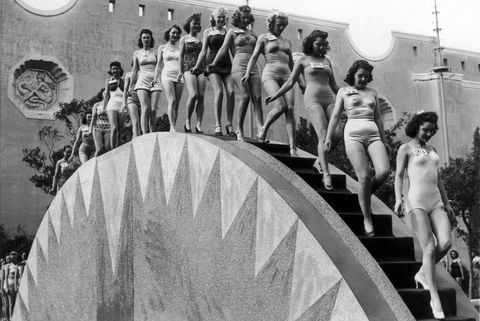 Beauty Contest In California, 1940