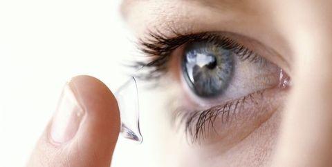 痙攣 原因 右目 頬の痙攣の原因は?(左・右・目の下・ストレス・頭痛)顔面の片側がピクピクと痙攣する病気とは?