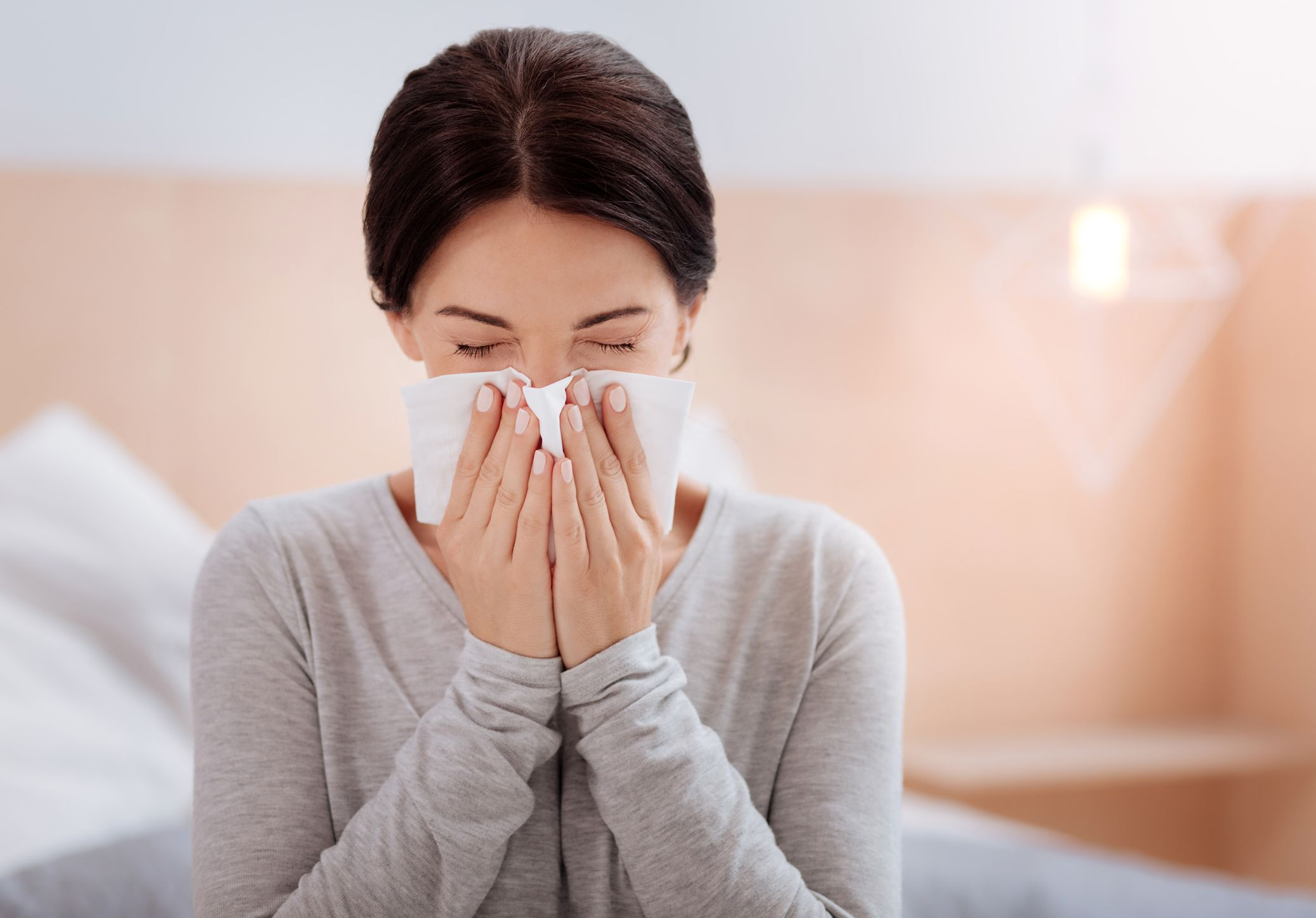 Should You Get a Flu Shot When You're Sick? This Is What Doctors Recommend