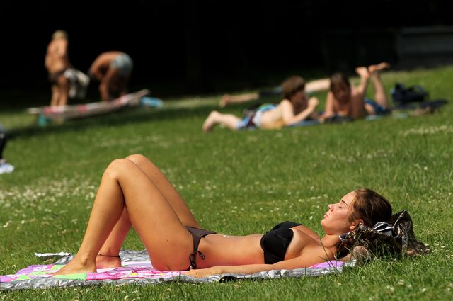 high temperatures expected for summer weekend