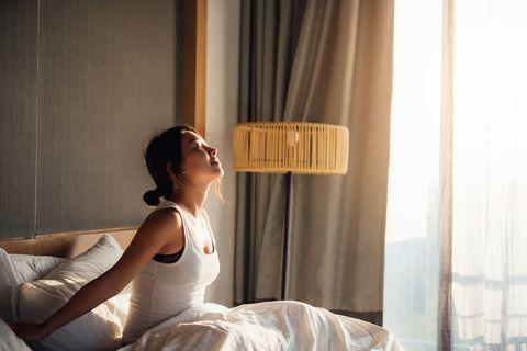 起床後的黃金1小時決定一天成敗!運動、冥想與提早起床,善用早晨時光的5步驟
