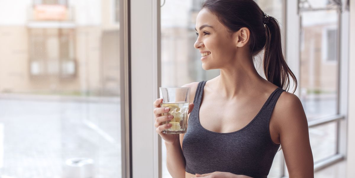 5 Science-Backed Benefits of Drinking Lemon Water