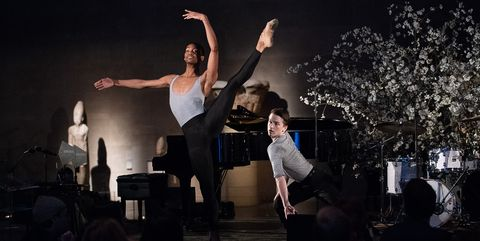 Performance, Entertainment, Performing arts, Event, Stage, Performance art, Lighting, Dance, Dancer, Public event,