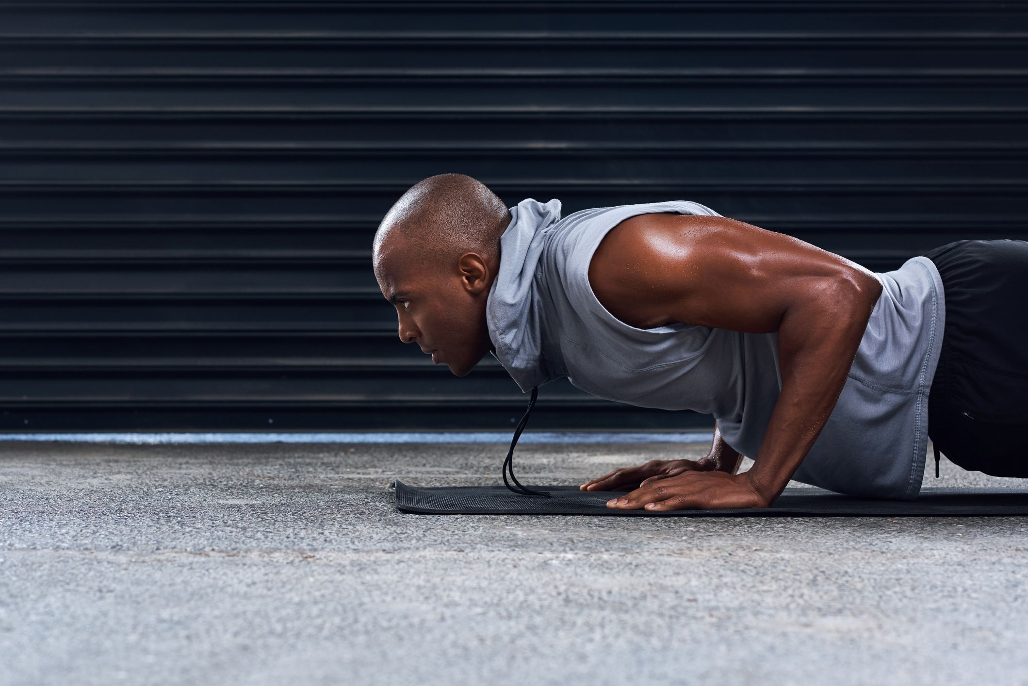 This Intense NFL Press-Up Challenge Will Build A Bigger Chest With No Weights