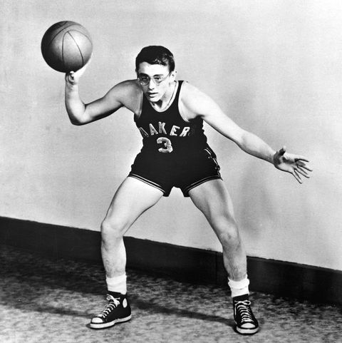 vintage celebs playing sports   james dean playing basketball