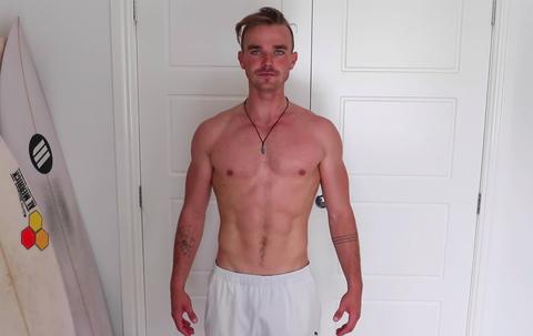 youtuber hace el entrenamiento de chris hemsworth durante 6 semanas