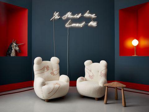 Interior design, Lighting, Room, Furniture, Wall, Modern art, Design, Floor, Couch, Living room,