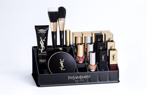 Cosmetics, Product, Beauty, Brush, Material property, Liquid, Eye shadow, Lipstick, Brand, Makeup brushes,