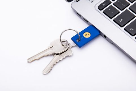 Google's Secret to Protect Its Employees From Hacking Is Physical Keys