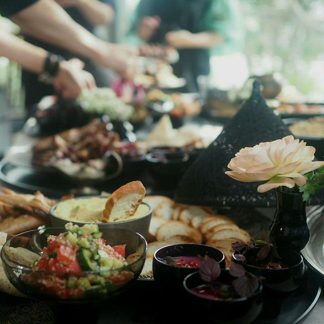 川口ゆかり 世界のテーブルコーディネート 食卓