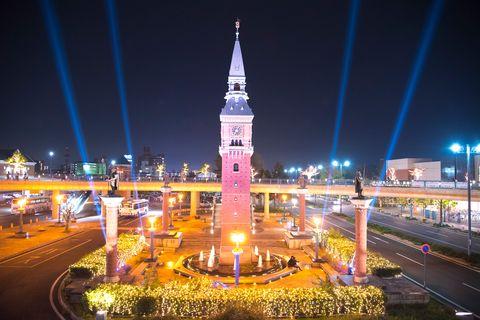 Landmark, Night, Clock tower, Sky, Metropolitan area, City, Light, Tower, Urban area, Architecture,