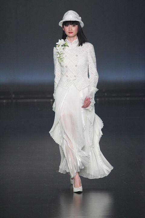 Fashion model, Fashion, White, Runway, Clothing, Fashion show, Dress, Haute couture, Fashion design, Beauty,