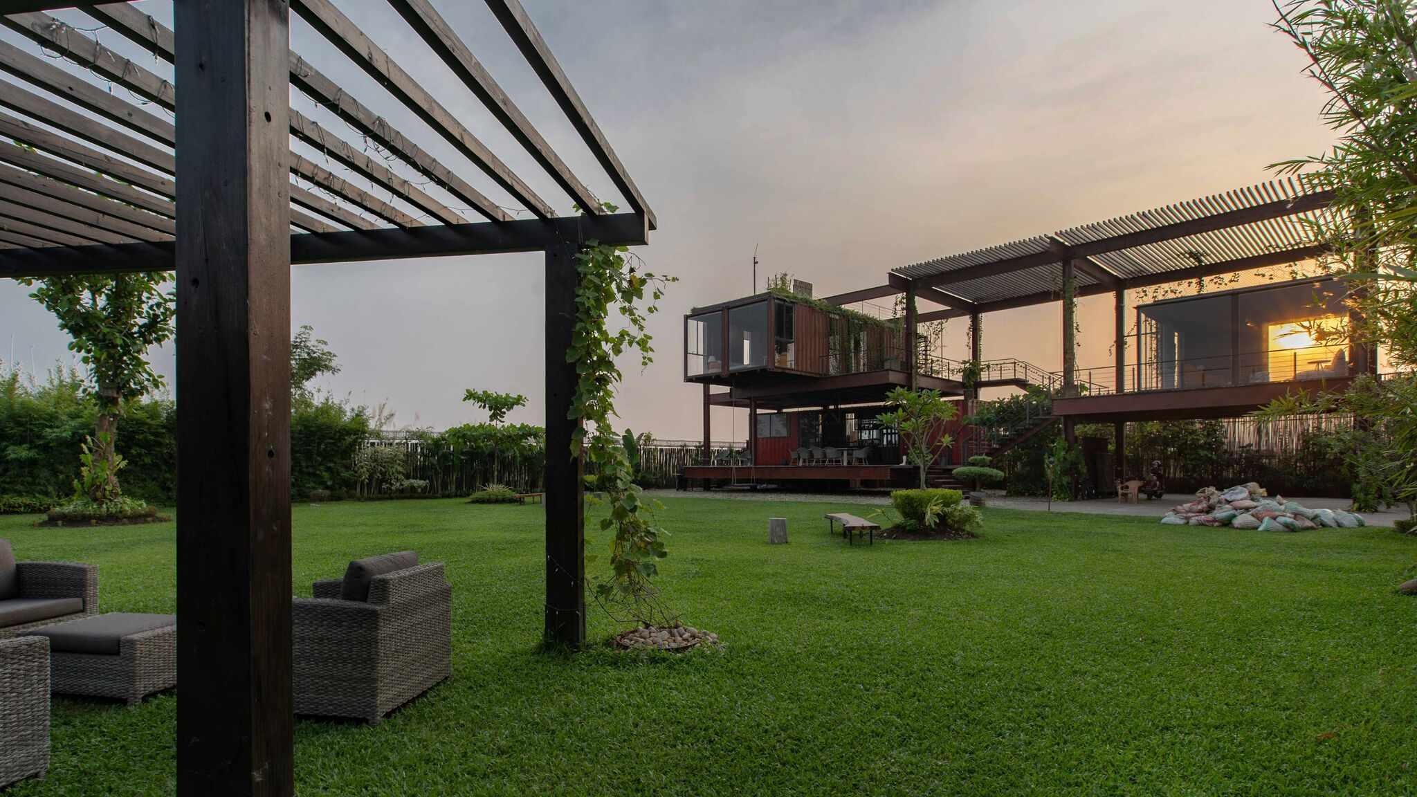 23 Incredible Shipping Container Houses Around The World