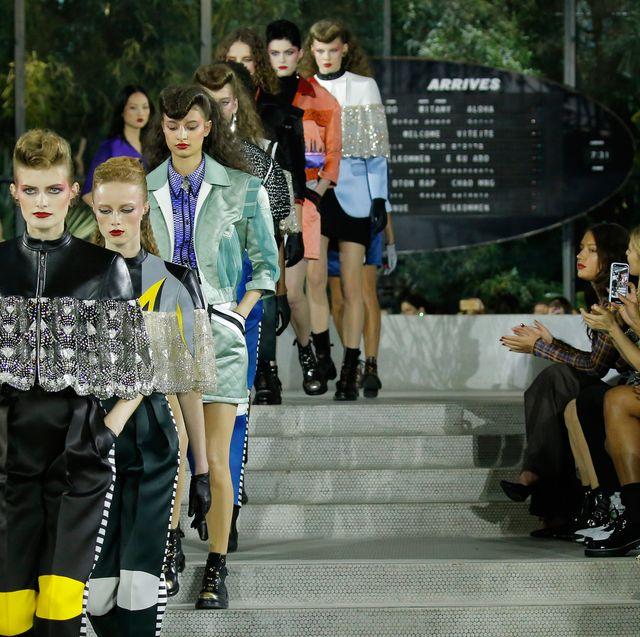 Fashion, Runway, Fashion show, Event, Fashion design, Fashion model, Public event, Spring, Footwear, Performance,