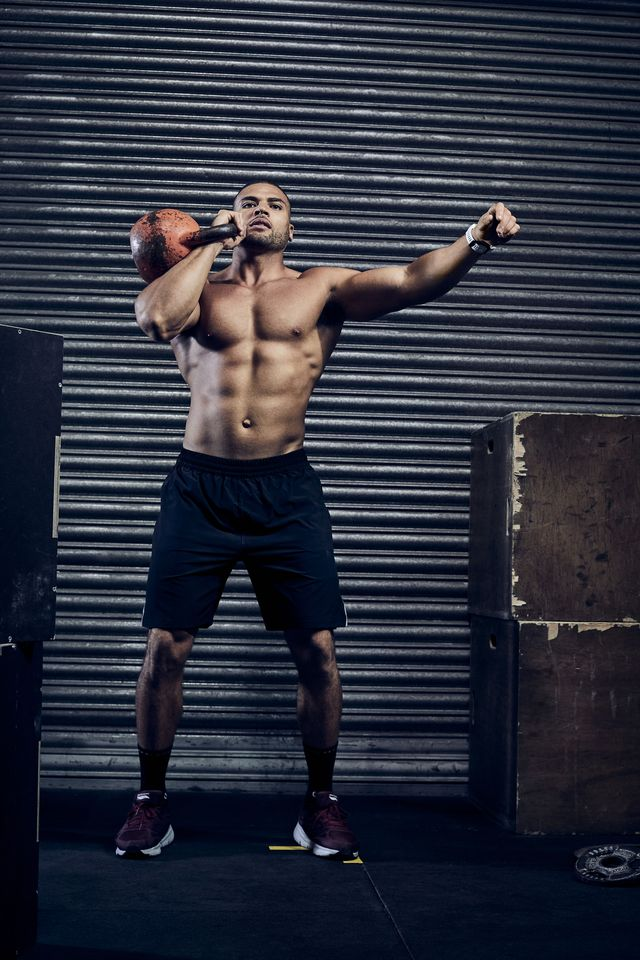 Human leg, Human body, Shoulder, Elbow, Standing, Wrist, Joint, Chest, Physical fitness, Shorts,