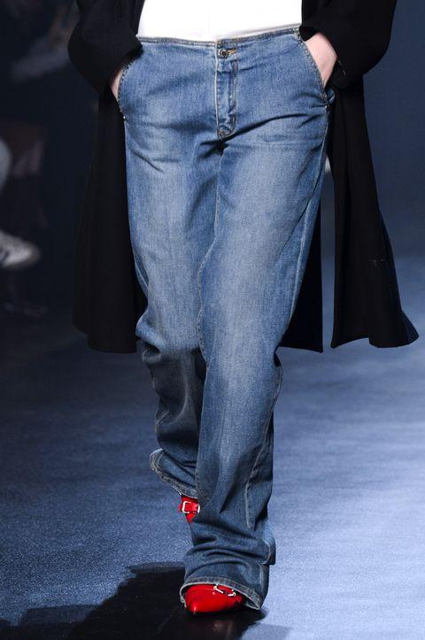 e9cc410e7cdd Jeans moda inverno 2019  25 modelli per l autunno inverno 2018 2019