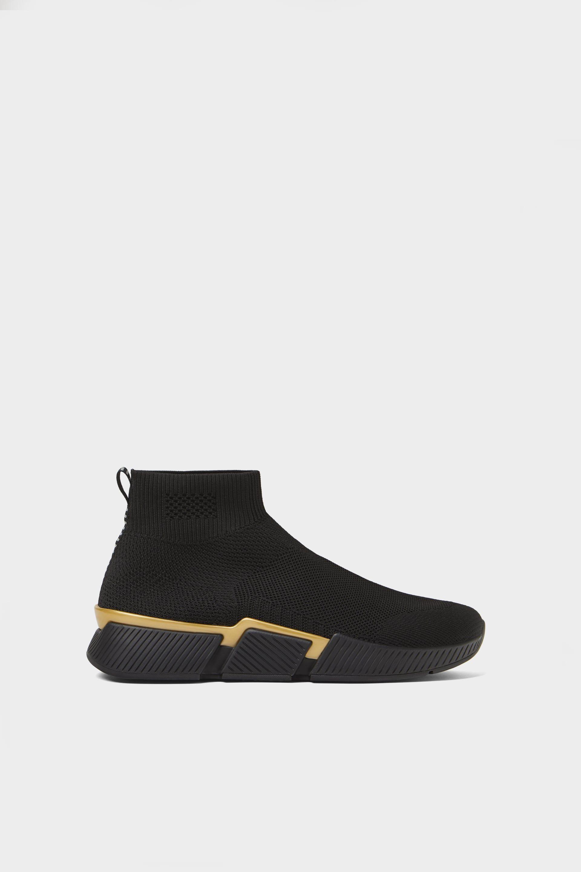 La 'start up' de 'sneakers' The Hoff Brand da el salto al