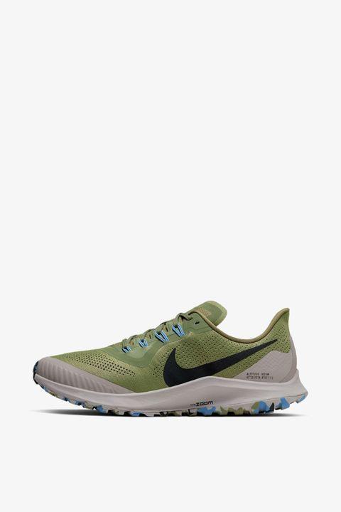 Zapatilla modelo Pegasus Trail de Nike (130 euros)