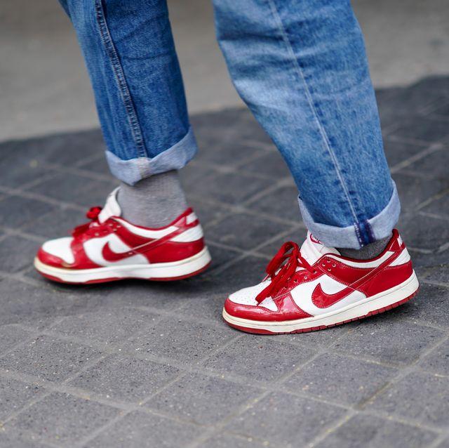 Escuchando fotografía Ciudadano  Black Friday en zapatillas para hombre - Las deportivas con descuento