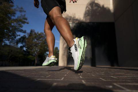 zapatillas de running hoka
