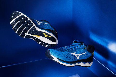 1262617c797 Wake Sky 3 de Mizuno, las zapatillas diseñadas para volar