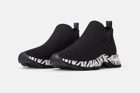 Footwear, Shoe, Black, White, Product, Sneakers, Plimsoll shoe, Nike free, Outdoor shoe, Athletic shoe,