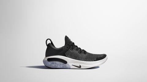 Marco de referencia odio sonriendo  Nike Joyride Run Flyknit: las zapatillas que amortiguan la pisada