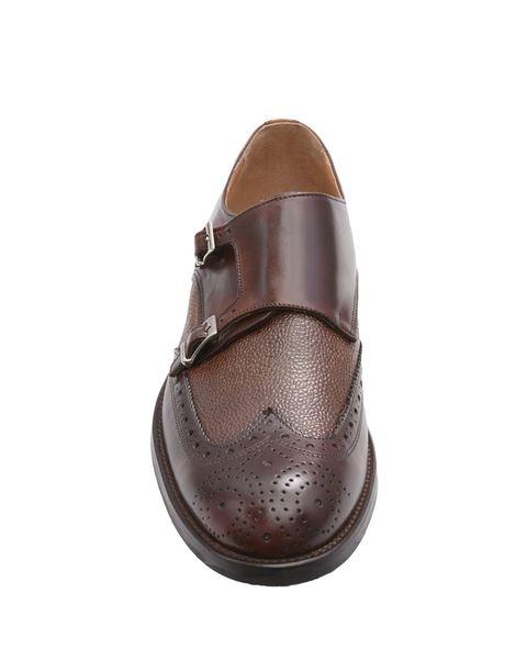 Zapato de doble hebilla marrón