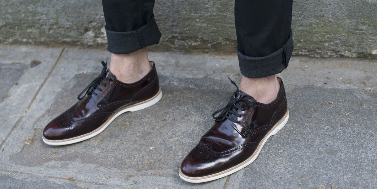 15d57ec2 ¿Cuáles son los zapatos de hombre que mejor quedan con vaqueros?
