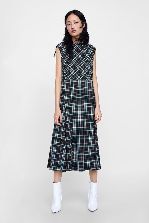 851933aa08c6 Princess Eugenie Wore The Most Stylish Checked Dress From Zara