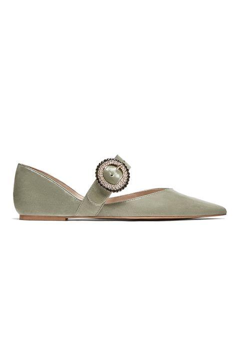 Footwear, Shoe, Beige, Slipper, Fashion accessory, Mary jane, Flip-flops,