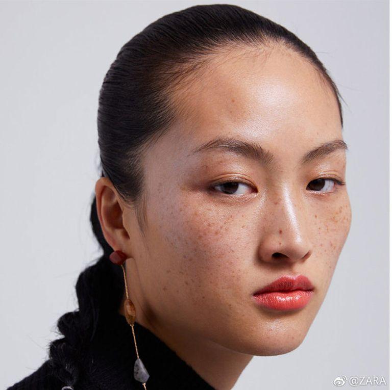 Una campaña de Zara desata la polémica en China por unas pecas bf356c276e8