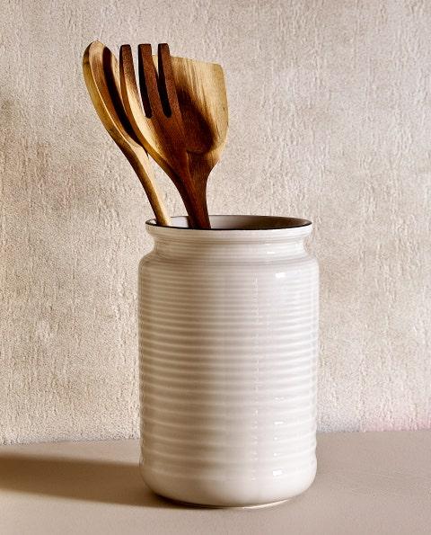 Spoon, Cutlery, Ceramic, earthenware, Tableware, Wooden spoon, Beige, Fork,