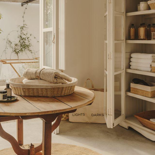 Room, Shelf, Shelving, Interior design, Table, Furniture, House, Home, Beige, Twig,