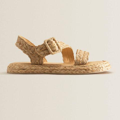 zara home tiene de rebajas las sandalias más ideales