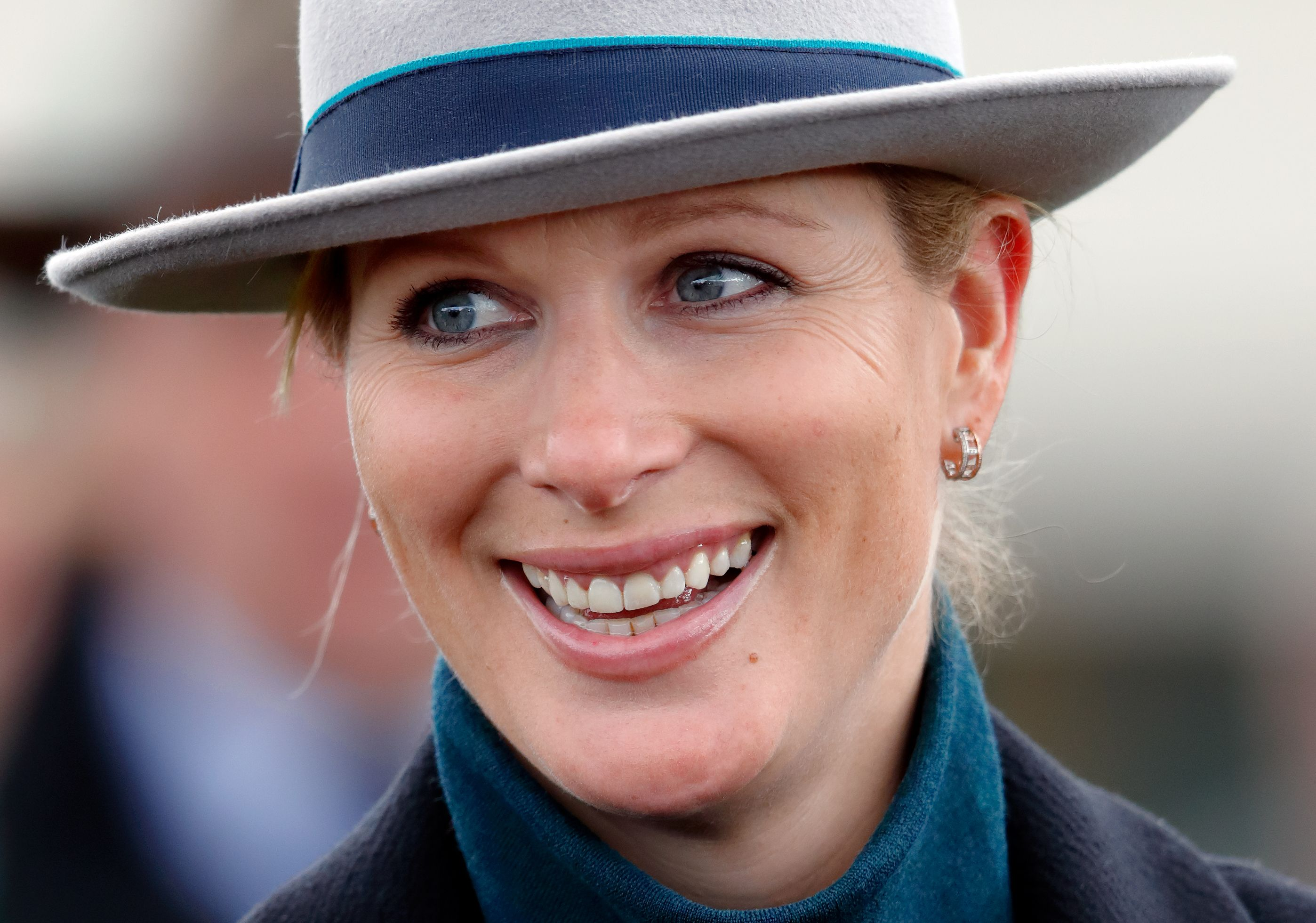 Zara Phillips Nude Photos 42