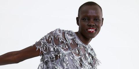 6a7b24c99 Este vestido de Zara te va a salvar el look si tienes una boda