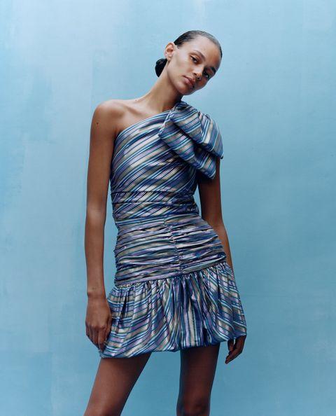 1e37c187c Estamos flipando con la nueva colección de vestidos de fiesta de Zara