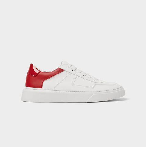 más baratas c213c c591c De Zara a Adidas: 20 zapatillas de hombre con rebajas de verano
