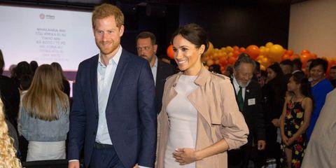 Aanbieding Zwangerschapskleding.Zara Lanceert Stiekem Een Nieuwe Zwangerschapscollectie
