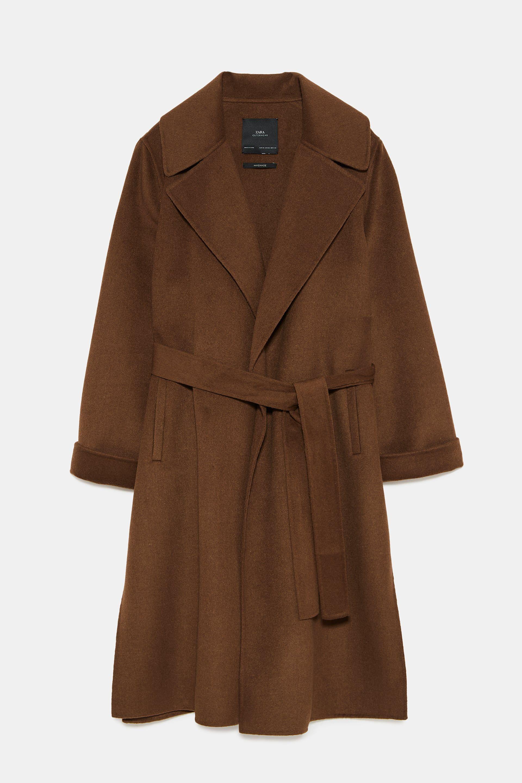 El abrigo de la temporada es de color marrón y en Instagram ya lo llevan todas