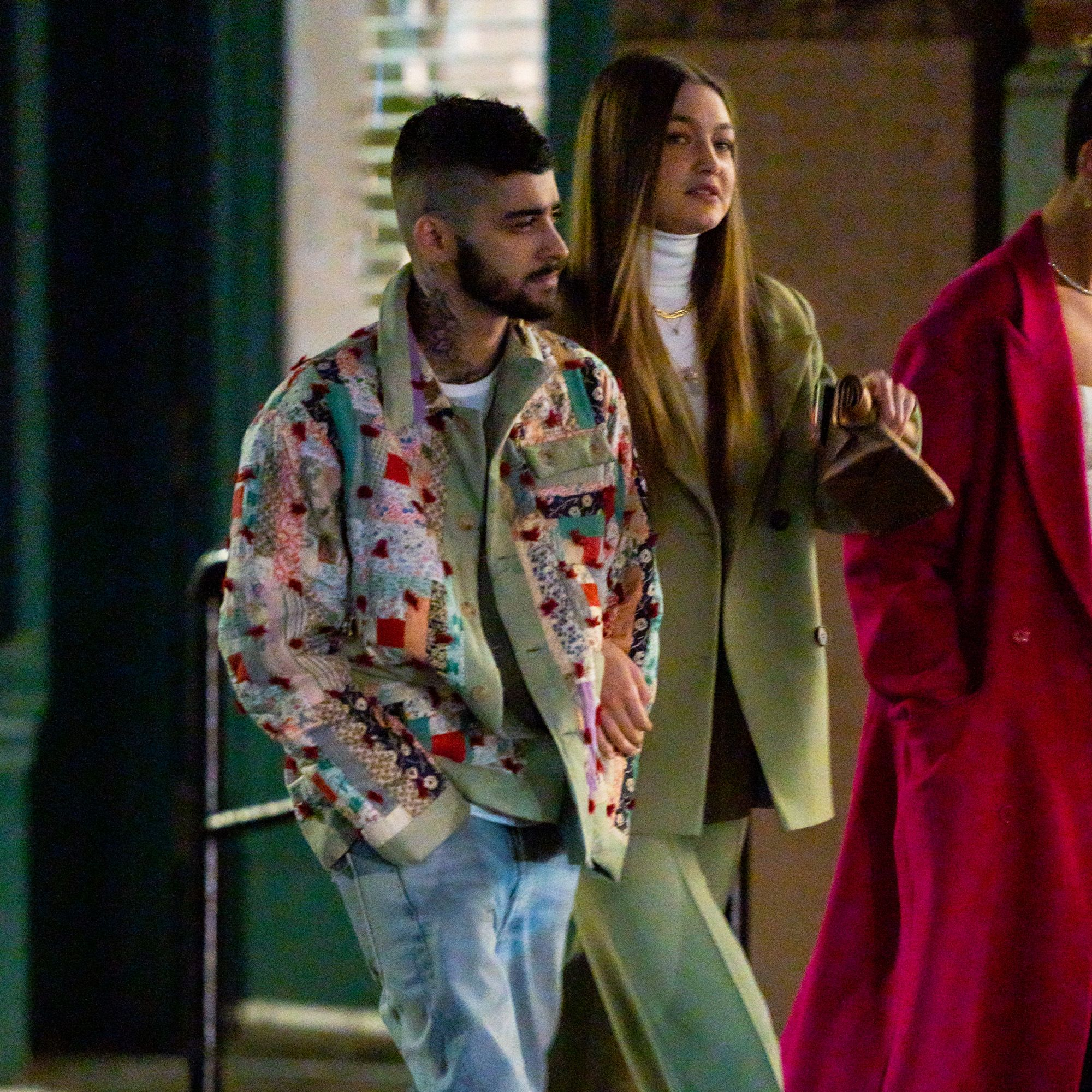 Gigi Hadid & Zayn Malik Are Dating Again – What Does Her Family Think?